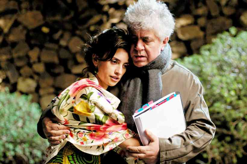 019-penelope-cruz-and-pedro-almodovar-theredlist.jpg